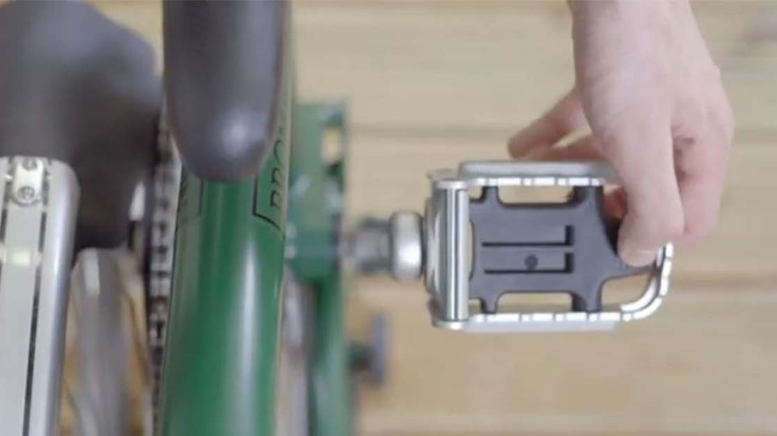 unfold pedal